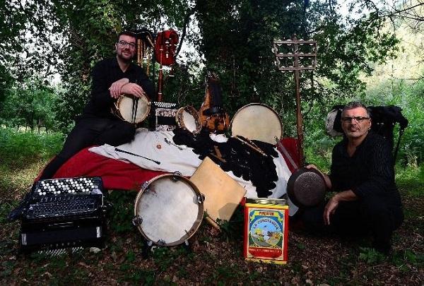24 instrumentos populares galegos