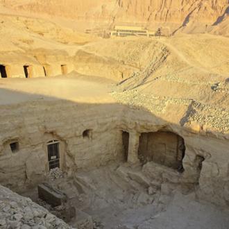 Dez anos escavando en Deir El Bahari