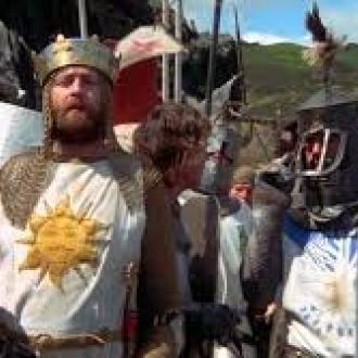 Monty Python and the Holy Grail / Los caballeros de la mesa cuadrada y sus locos seguidores