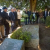 Román Rodríguez realiza la ofrenda floral por el 84 aniversario de la muerte de Valle-Inclán