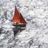 Ondas do mar de Galicia. Faros e paisaxes mariñas   Imaxe: Ricardo Grobas