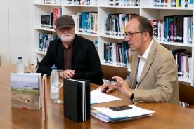 """Anxo M. Lorenzo inaugura la muestra """"Reducción"""" de Felipe Romero, ganador del VII Premio Galicia de Fotografía Contemporánea"""