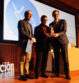 Miguel Sande recibe o XVII Premio de Poesía Afundación