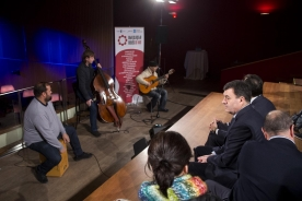 O conselleiro de Cultura, Educación e Ordenación Universitaria, Román Rodríguez, presentou hoxe a nova programación da Rede Galega de Música ao Vivo