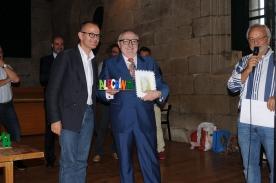 O conselleiro de Cultura, Educación e Ordenación Universitaria, Xesús Vázquez Abad, con Moncho Borrajo