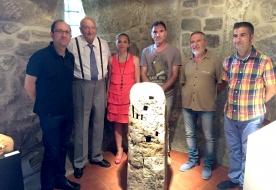 Anxo Lorenzo na exposición das obras finalistas