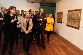 Percorrido pola mostra que conta con medio cento de pinturas, esculturas, obras murais e fotografías