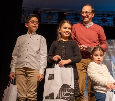A Xunta premia a creatividade da cativada co Concurso Infantil de Postais de Nadal no Gaiás, no que participaron máis de 160 rapaces